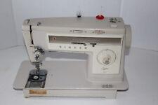 Vintage SINGER 513 Sewing Machine