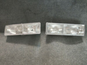 GENUINEGM Headlamp Assembly 16515827 LH & 16515828 RH