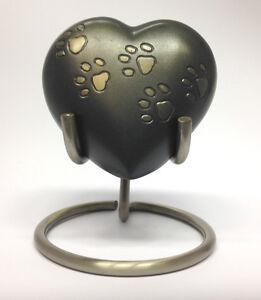 Paw Print Pet Heart Keepsake Urn inc Stand and Box