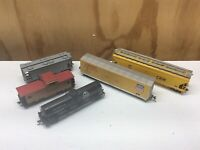 Ho scale Union Pacific CNW train car lot boxcar caboose covered hopper