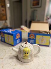 New and Painted Looney Tunes Tweety Ceramic Tea Pot 1997