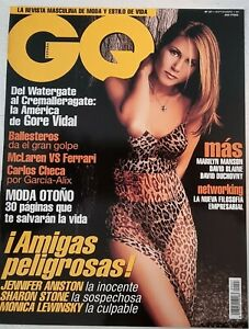 Clippings cuttings - JENNIFER ANISTON #N-0199 - 12 pages 3 covers