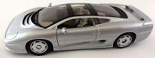 Maisto Jaguar XD220 XD 220 1:18 1992–1994 Coupe V6 silber 1/18 2