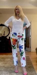 Dolce and Gabanna Vibrant Floral Capri Pants 90/'s G/&B designer pants