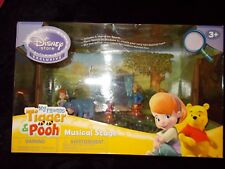 Disney Store Excusive My Friends Tigger & Winnie Pooh Musical Stage New in Box