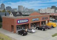 WALTHERS CORNERSTONE HO SCALE MODERN SHOPPING CENTER I KIT 933-4115