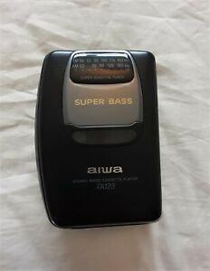VINTAGE AIWA RADIO CASSETTE PLAYER (HS-TA123) SUPER BASS RETRO PERSONAL WALKMAN