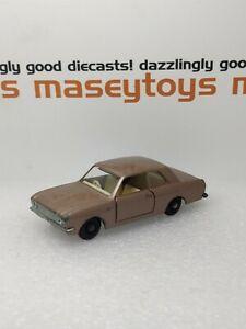 Matchbox Lesney No.25d Ford Cortina GT 1968 original vintage