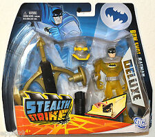 2011 BATMAN STEALTH STRIKE Bow Shot BATMAN Deluxe Figure with Mask MOC VHTF