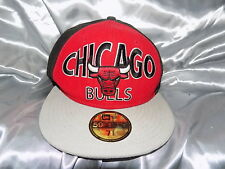 VINTAGE Chicago Bulls Snap Back Cap 59 FIFTY 7 1/4 NUOVA ERA
