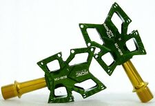 KCNC Knife Stainless Steel Road Platform Pedals Pair, Green