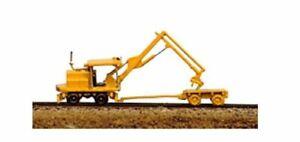RAILWAY EXPRESS MINIATURES N SCALE  KERSHAW TIE CRANE & TIE CART KIT   2011