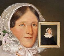 Antikes Biedermeierportrait, Dame mit Rüschenhaube. Orig. Ölgemälde von ca. 1820