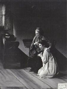 OPERA SINGER PHOTO OF Sena Jurinac and Martha Mödl in Jenufa Fayer Vienna