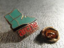 RARE PINS PIN'S - ARCHE FRANCE - CHAUSSURES - BOTTES - Signé CEM PARIS * EGF *