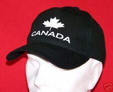 CANADA : CASQUETTE CANADIENNE noire motif blanc