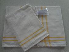 2 Tea Towels, Good Hotel Quality For Glasses.