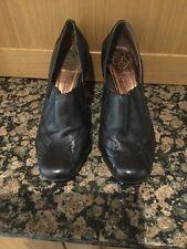 Clarks Nero Mocassini Scarpe Con Tacco/Taglia 7.5/appena indossato/buone condizioni