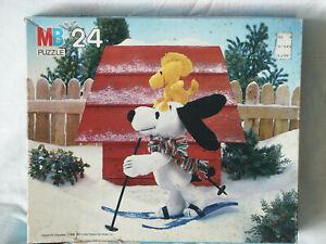Vintage Peanuts Snoopy and Woodstock 24 Piece Puzzle Milton Bradley Snow Skiing