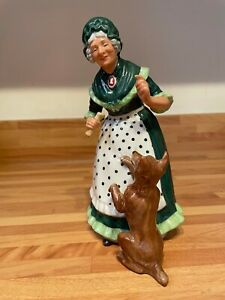 ROYAL DOULTON CHARACTER FIGURINE OLD MOTHER HUBBARD HN 2314
