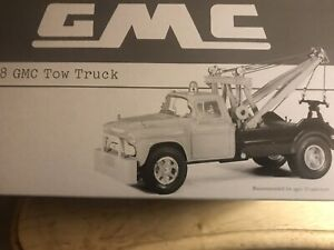 First Gear 1958 GMC Tow Truck wrecker 1:34 scale Tiger Paw  #19-2395