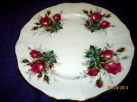 "Vintage England Hammersley Bone China Victoria's Rose 8 1/4"" Plate"