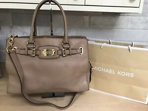 MICHAEL KORS LARGE ~HAMILTON~ BEIGE CAMEL TAN LEATHER TOTE SHOULDER BAG GOLD