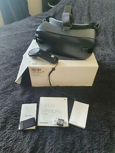 Samsung Gear VR - Boxed - SM-R323 - Very Good Condition