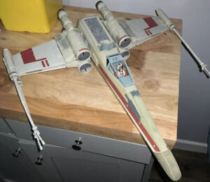 Star Wars Legacy Collection - Wedge Antilles X-Wing Starfighter - Loose - Hasbro