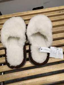 Slippers home warm woolen Fegen. Size S/M (37-40)