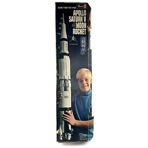Revell H-1843:1200 Apollo Saturn V Moon Rocket Kit 1/96 Scale 1969