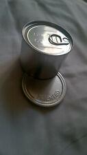 Boîte magique scellée à ouvrir pour y retrouver des objets usurper au public