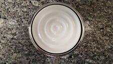 Interdesign York Round Ceramic White Chrome Soap Dish Bath 68700, exc cond