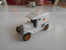 Efsi T-Ford 1919 AMbulance in WHite