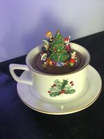 2010 MR CHRISTMAS GOLD LABEL COLLECTION TEACUP MUSIC BOX Mice By Christmas Tree