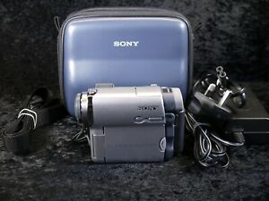 Sony DCR-HC14E Handycam Mini DV Digital Tape Video Camera