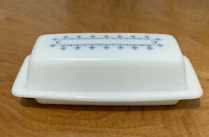 Vintage Pyrex Blue SNOWFLAKE GARLAND Butter Dish *AS-IS*