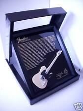 Miniature Guitare Fender Tele Natural dans Cadre en Bois