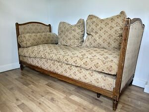 Antique solid oak ornate French day bed