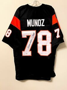 Anthony Munoz Signed Cincinnati Bengals Jersey Beckett BAS COA USC Trojans HOF