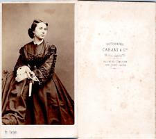 CDV Carjat, Paris, Femme en pose, circa 1865 Vintage CDV albumen carte de visite