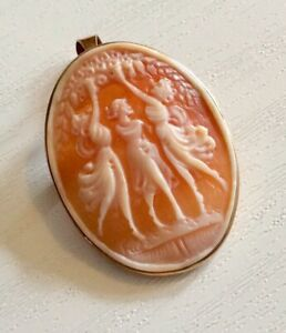 Beautiful Ladies Vintage 9CT Gold Three Graces Cameo Brooch / Pendant