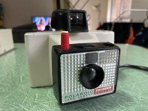 Swinger Model 20 | Vintage Polaroid Land Camera - Vintage Camera