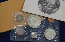 1969 Panama 6 Coin Proof Set with 1/2 & 1 Silver Balboas Original Package E2167