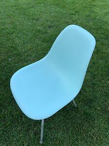 Herman Miller Charles Eames Plastic Side Shell Chair Light Robins Egg Blue