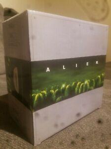 ALIEN Nostromo Bowl / Never Opened