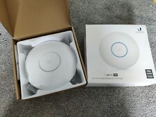 Ubiquiti Networks UAP-AC-PRO UniFi WiFi Access Point