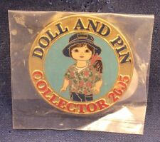 Disney Shopping Marie Osmond Stitch Fan Adora Bell Pin Trader Doll 2005 Le Pin