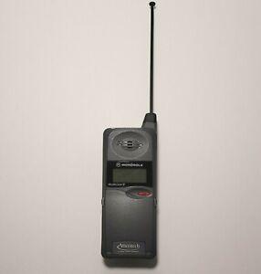 Vintage Motorola Ameritech MicroTAC 650e Flip Phone Brick 80's Tech UNTESTED
