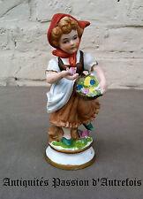 B20140562 - Figurine de 14 cm en biscuit de porcelaine 1950-70 - Très bon état